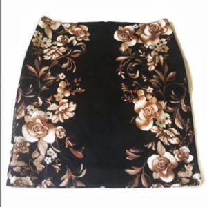 White House Black Market Satiny Pencil Skirt